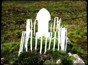 betty corrigills grave 070305aa