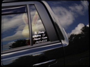 memorial on car 061411 01aa